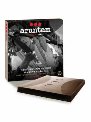 Aruntam Coraggio Nativo - Arriba Nacional Vinces - Rich dark chocolate – 72,5% cocoa from Los Rios, Ecuador