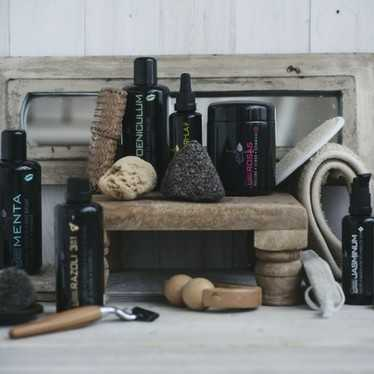Dana Van Oeteren about Using Shaving Oil