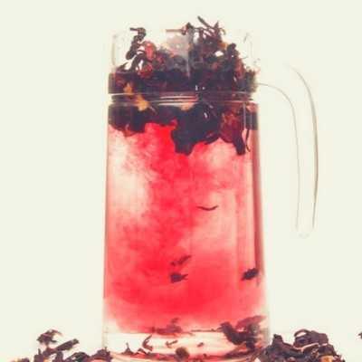 7 makkelijke en creatieve recepten met eetbare bloemen