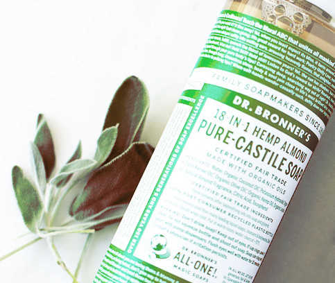 Natuurlijke zeep van Dr. Bronner, zeep op basis van kokosolie en hennepolie