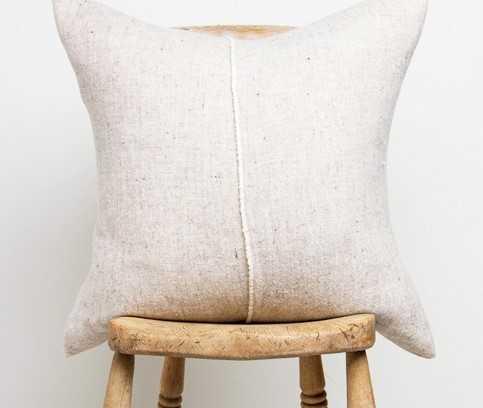 Organic textile by Teixidors - handmade of organic wool